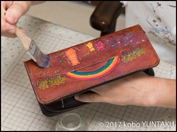 虹と猫の長財布