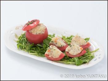 鹿沼産の赤く熟したトマトのサラダ
